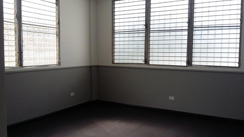 PANAMA VIP10, S.A. Apartamento en Alquiler en El Cangrejo en Panama Código: 16-5072 No.6