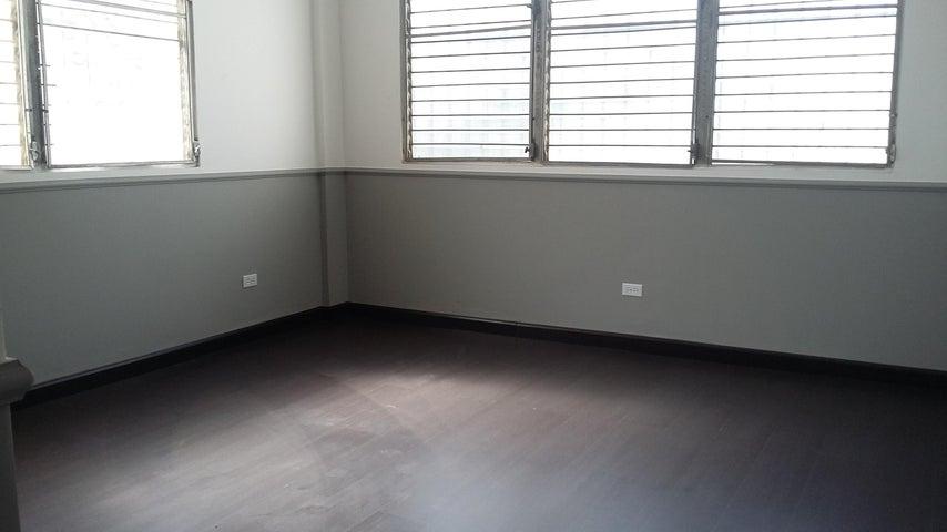 PANAMA VIP10, S.A. Apartamento en Alquiler en El Cangrejo en Panama Código: 16-5072 No.7