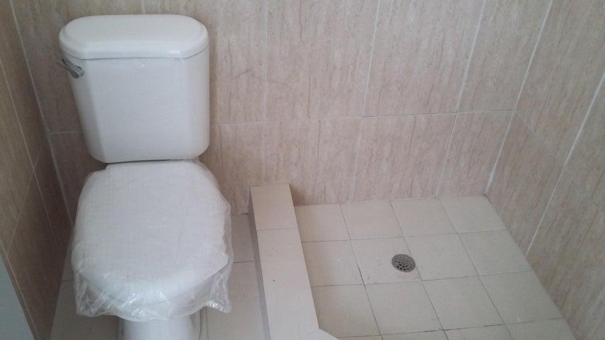 PANAMA VIP10, S.A. Apartamento en Alquiler en El Cangrejo en Panama Código: 16-5072 No.9