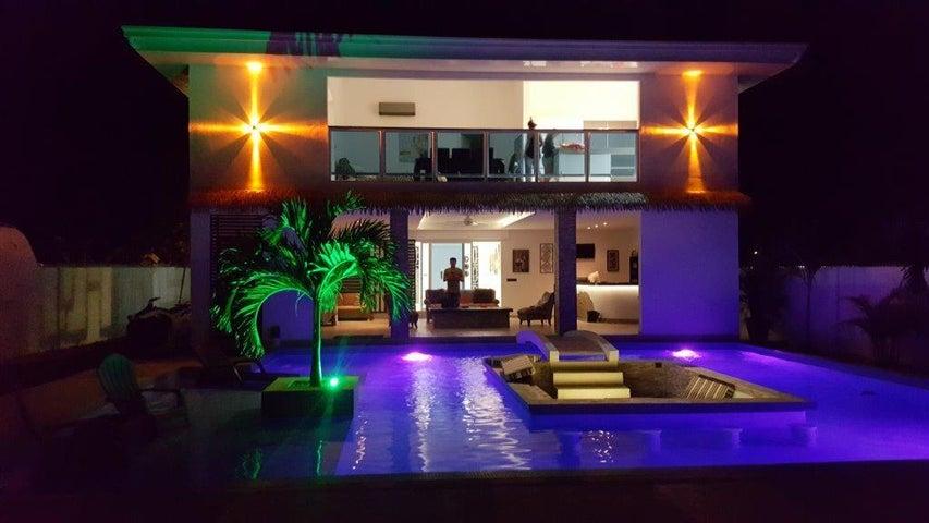 PANAMA VIP10, S.A. Casa en Venta en Coronado en Chame Código: 16-5098 No.5