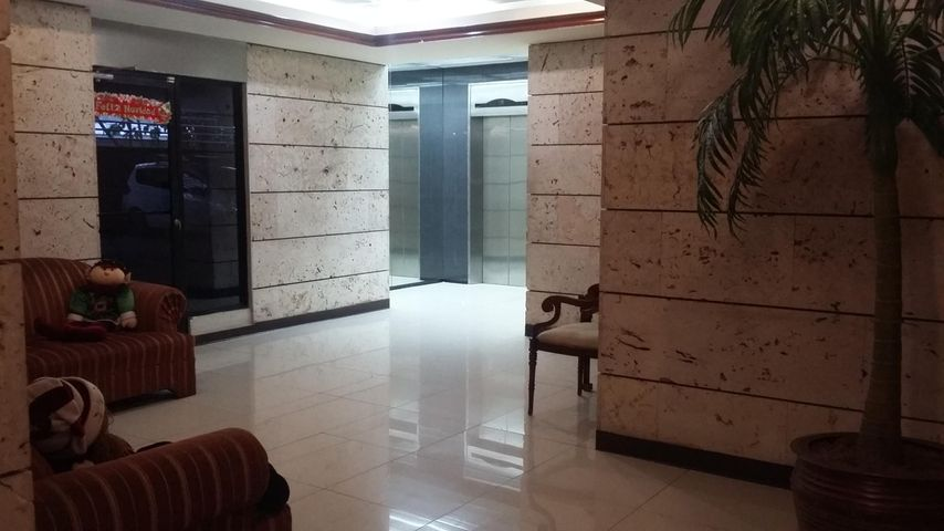 PANAMA VIP10, S.A. Apartamento en Venta en Marbella en Panama Código: 16-5119 No.3