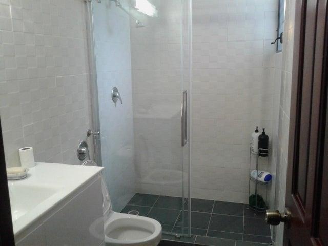 PANAMA VIP10, S.A. Apartamento en Venta en Bellavista en Panama Código: 16-5216 No.9