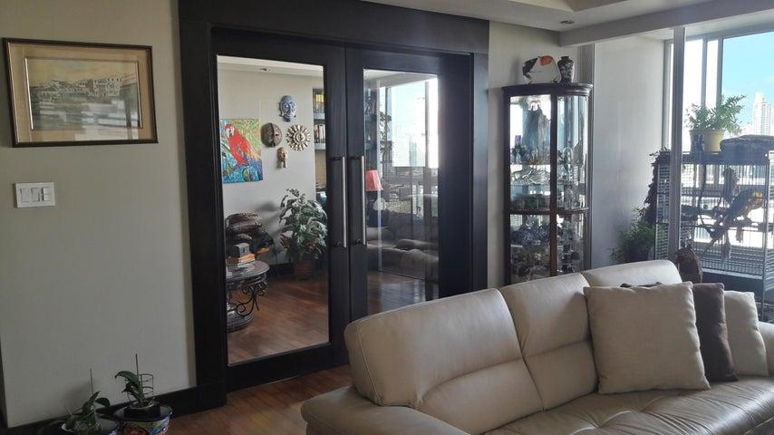 PANAMA VIP10, S.A. Apartamento en Venta en San Francisco en Panama Código: 17-4 No.5