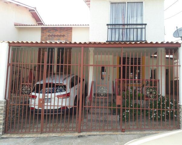 Casa / Venta / Panama Oeste / Arraijan / FLEXMLS-17-49