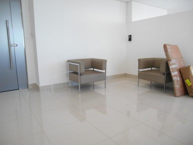PANAMA VIP10, S.A. Apartamento en Alquiler en El Cangrejo en Panama Código: 17-95 No.1