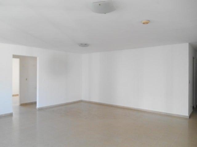 PANAMA VIP10, S.A. Apartamento en Alquiler en El Cangrejo en Panama Código: 17-95 No.4