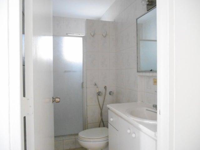 PANAMA VIP10, S.A. Apartamento en Alquiler en El Cangrejo en Panama Código: 17-95 No.9