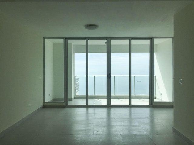 PANAMA VIP10, S.A. Apartamento en Venta en Coco del Mar en Panama Código: 17-133 No.7
