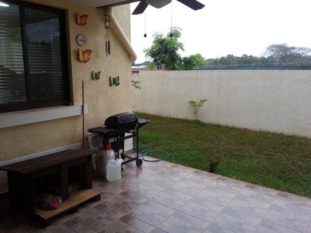 PANAMA VIP10, S.A. Casa en Venta en Panama Pacifico en Panama Código: 17-169 No.9