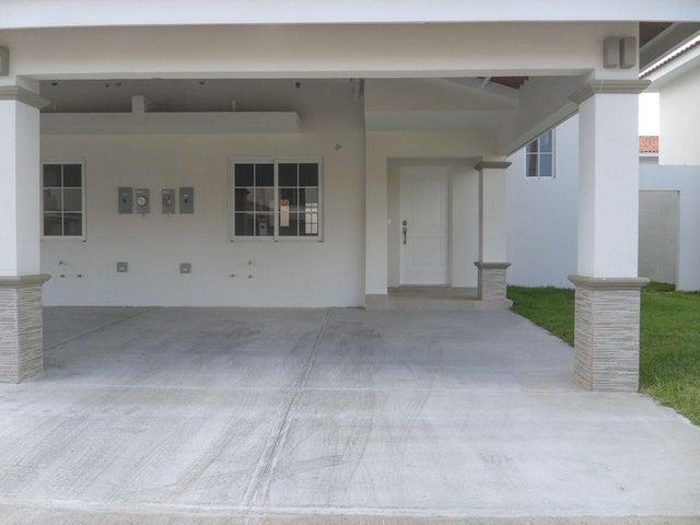 PANAMA VIP10, S.A. Casa en Venta en Versalles en Panama Código: 17-135 No.1