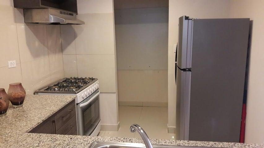 PANAMA VIP10, S.A. Apartamento en Venta en Carrasquilla en Panama Código: 15-1882 No.8