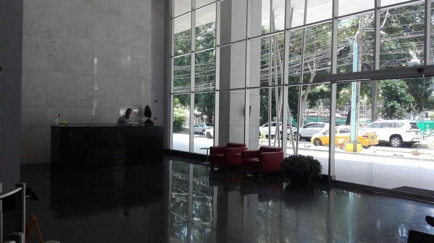 PANAMA VIP10, S.A. Oficina en Venta en Obarrio en Panama Código: 17-310 No.1