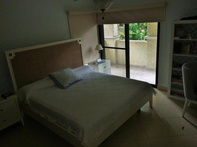 PANAMA VIP10, S.A. Apartamento en Venta en Clayton en Panama Código: 17-345 No.6