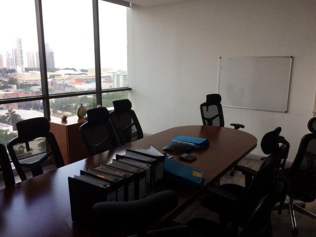 PANAMA VIP10, S.A. Oficina en Venta en Obarrio en Panama Código: 17-361 No.8