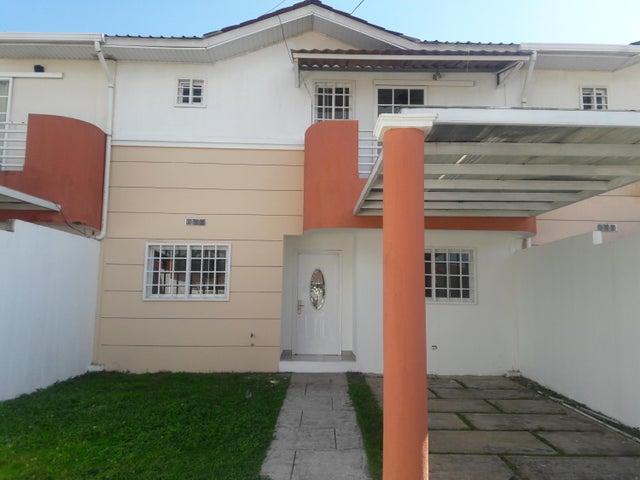 PANAMA VIP10, S.A. Casa en Venta en Arraijan en Panama Oeste Código: 17-68 No.0