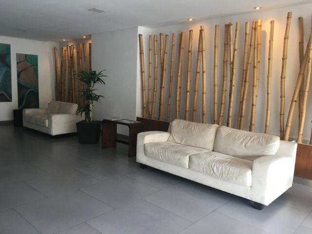 PANAMA VIP10, S.A. Apartamento en Venta en San Francisco en Panama Código: 17-407 No.1