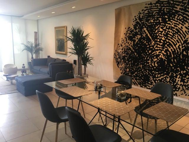 PANAMA VIP10, S.A. Apartamento en Venta en San Francisco en Panama Código: 17-407 No.2
