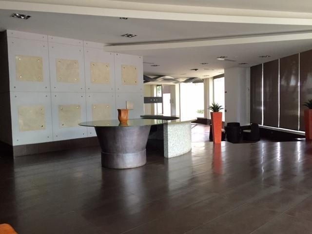 PANAMA VIP10, S.A. Apartamento en Alquiler en Punta Pacifica en Panama Código: 17-466 No.2