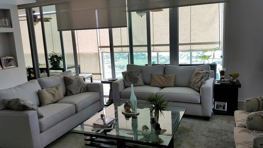 PANAMA VIP10, S.A. Apartamento en Venta en Costa del Este en Panama Código: 17-491 No.2