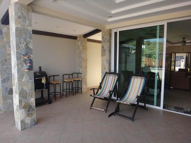 PANAMA VIP10, S.A. Casa en Venta en Brisas Del Golf en Panama Código: 17-524 No.9