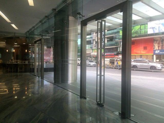 PANAMA VIP10, S.A. Oficina en Venta en Obarrio en Panama Código: 17-562 No.1