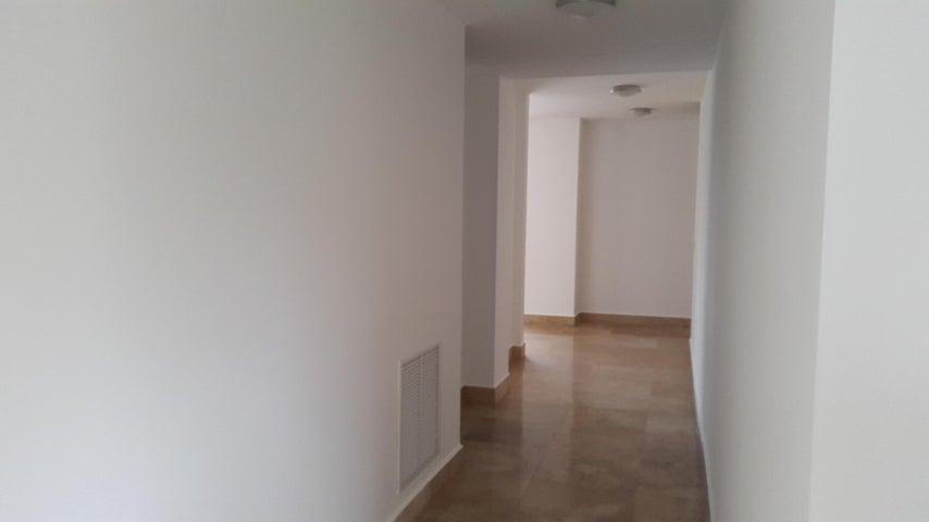 PANAMA VIP10, S.A. Apartamento en Venta en Punta Pacifica en Panama Código: 17-579 No.5