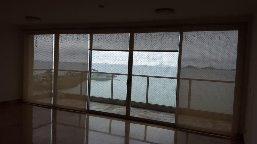 PANAMA VIP10, S.A. Apartamento en Venta en Punta Pacifica en Panama Código: 17-579 No.7