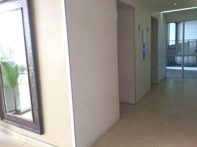 PANAMA VIP10, S.A. Apartamento en Venta en San Francisco en Panama Código: 17-672 No.4