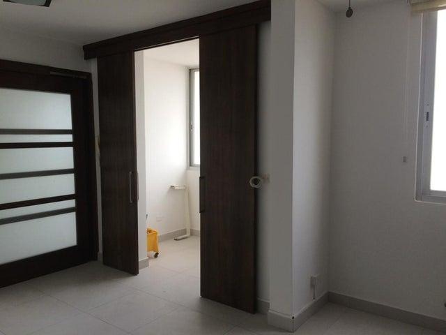 PANAMA VIP10, S.A. Apartamento en Venta en San Francisco en Panama Código: 17-672 No.7
