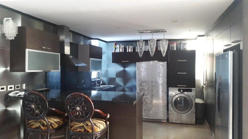 PANAMA VIP10, S.A. Apartamento en Venta en Coco del Mar en Panama Código: 17-595 No.9