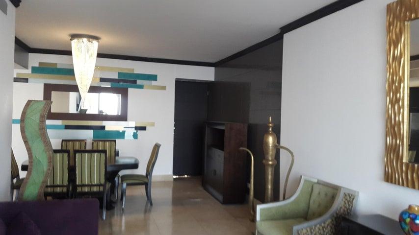 PANAMA VIP10, S.A. Apartamento en Venta en Coco del Mar en Panama Código: 17-595 No.5