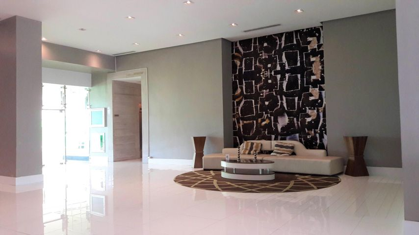PANAMA VIP10, S.A. Apartamento en Venta en Punta Pacifica en Panama Código: 17-617 No.2
