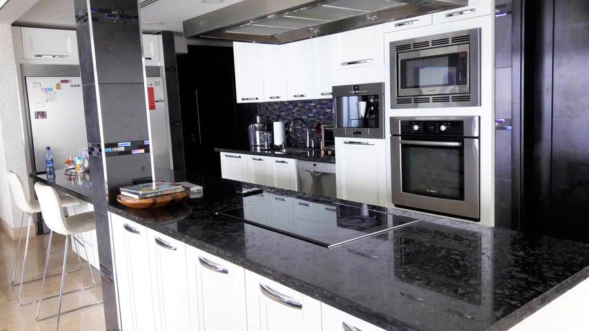 PANAMA VIP10, S.A. Apartamento en Venta en Punta Pacifica en Panama Código: 17-617 No.6