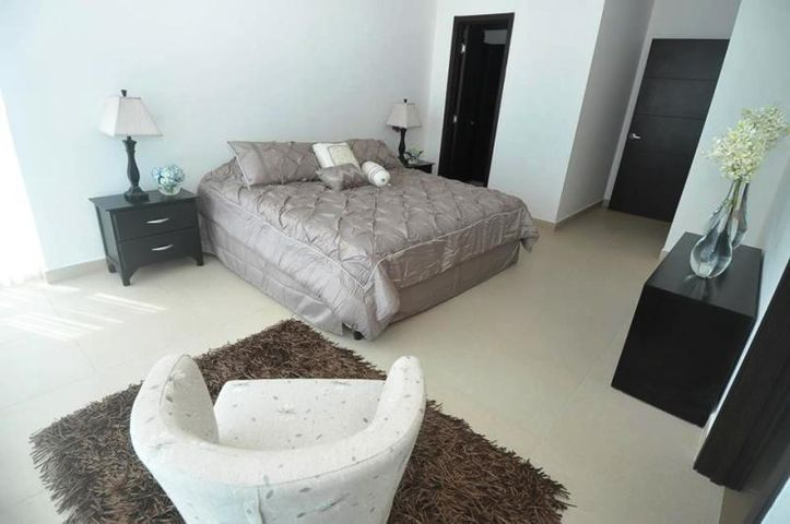 PANAMA VIP10, S.A. Apartamento en Alquiler en Costa del Este en Panama Código: 17-627 No.4