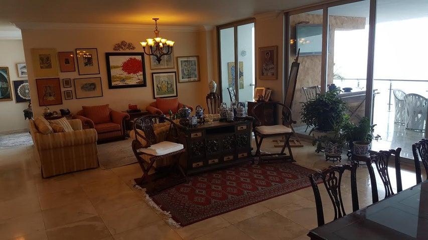 PANAMA VIP10, S.A. Apartamento en Venta en Punta Pacifica en Panama Código: 17-643 No.8