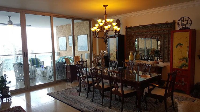PANAMA VIP10, S.A. Apartamento en Venta en Punta Pacifica en Panama Código: 17-643 No.9