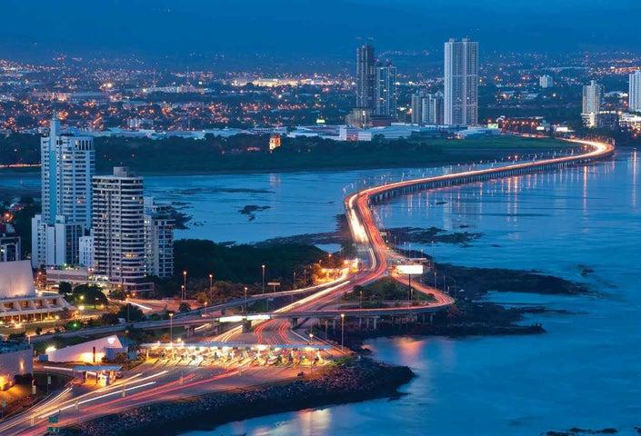 PANAMA VIP10, S.A. Oficina en Venta en Santa Maria en Panama Código: 17-682 No.4