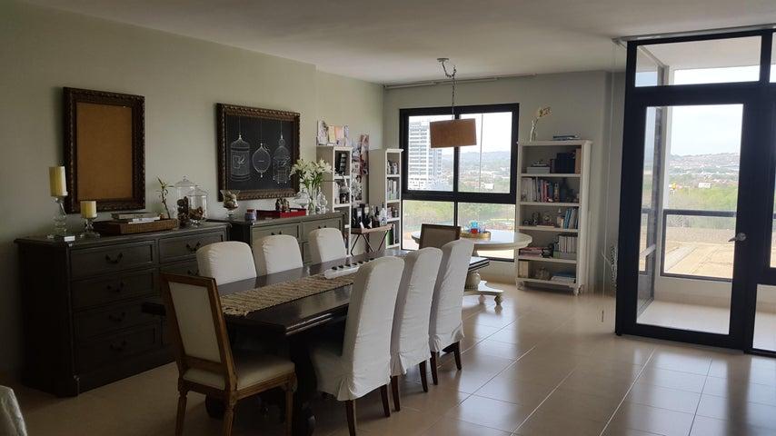 PANAMA VIP10, S.A. Apartamento en Venta en Costa del Este en Panama Código: 17-707 No.8