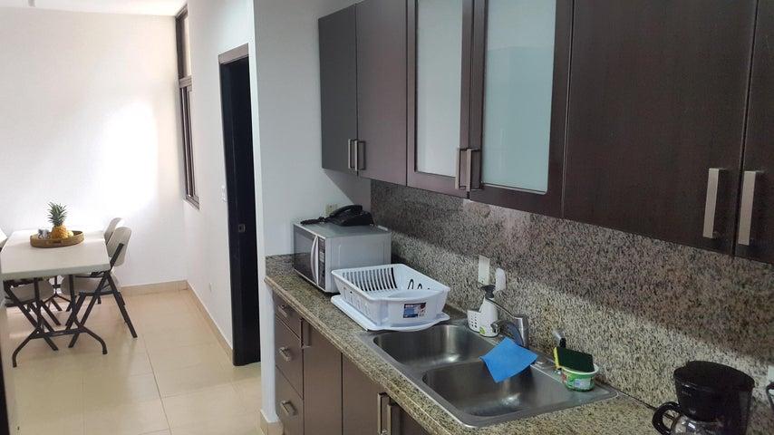 PANAMA VIP10, S.A. Apartamento en Venta en Costa del Este en Panama Código: 17-707 No.9