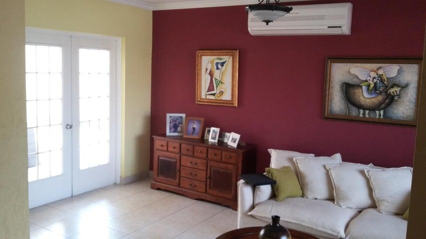 PANAMA VIP10, S.A. Casa en Venta en Costa del Este en Panama Código: 17-761 No.7