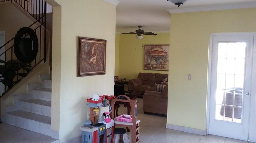 PANAMA VIP10, S.A. Casa en Venta en Costa del Este en Panama Código: 17-761 No.9