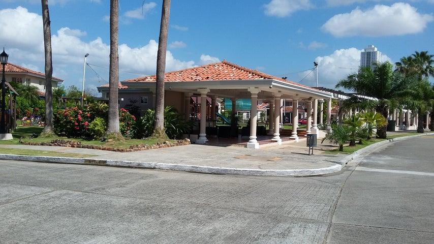 PANAMA VIP10, S.A. Casa en Venta en Costa del Este en Panama Código: 17-761 No.4