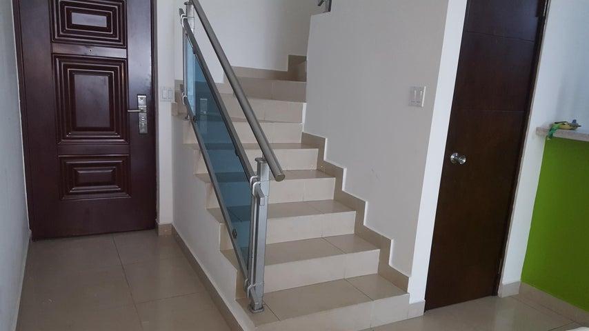 PANAMA VIP10, S.A. Apartamento en Venta en San Francisco en Panama Código: 17-770 No.5