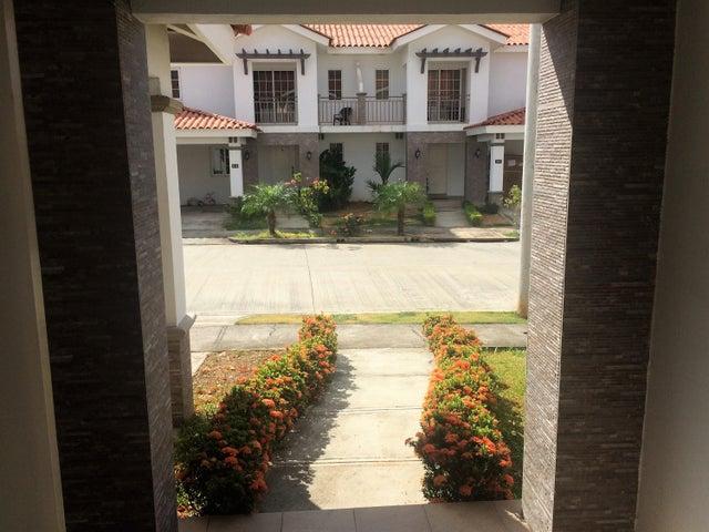 PANAMA VIP10, S.A. Casa en Venta en Versalles en Panama Código: 17-771 No.2