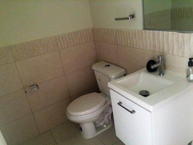 PANAMA VIP10, S.A. Casa en Venta en Versalles en Panama Código: 17-771 No.3