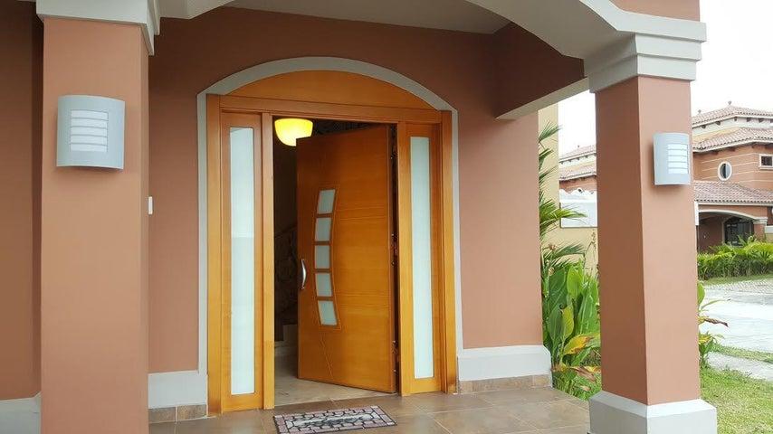 PANAMA VIP10, S.A. Casa en Venta en Costa Sur en Panama Código: 17-774 No.3