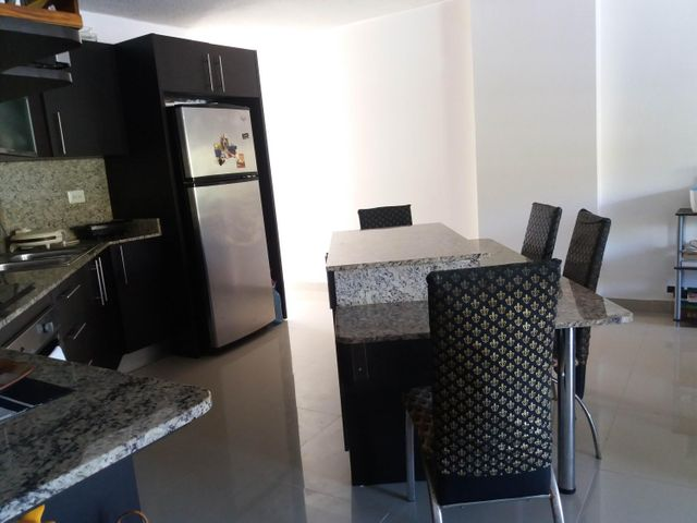 PANAMA VIP10, S.A. Apartamento en Venta en Altos de Panama en Panama Código: 17-798 No.4