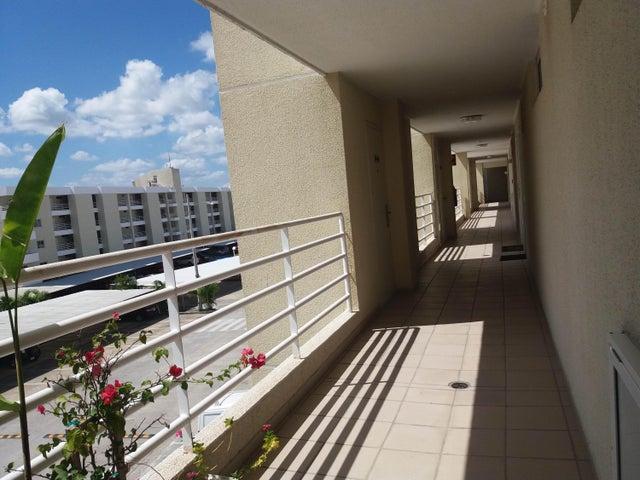 PANAMA VIP10, S.A. Apartamento en Venta en Altos de Panama en Panama Código: 17-798 No.1