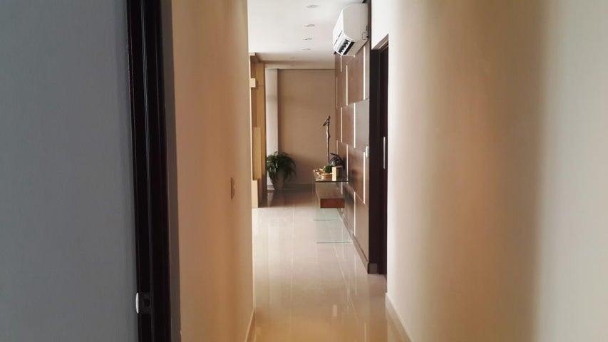 PANAMA VIP10, S.A. Apartamento en Venta en Costa del Este en Panama Código: 17-811 No.9