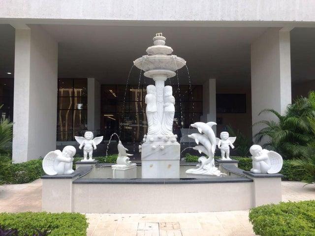 PANAMA VIP10, S.A. Apartamento en Venta en Costa del Este en Panama Código: 17-813 No.1